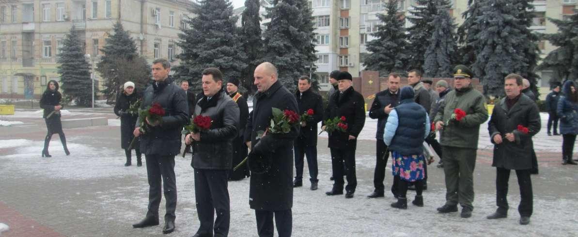 У Черкасах «Батьківщина» вшанувала пам'ять Героїв Небесної сотні
